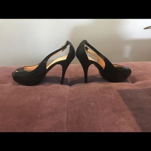 Guess Shoes - Guess patent leather heels